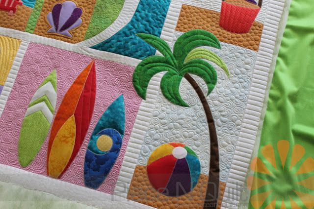 Beach Break Quilt Custom Machine Quilting By Natalia Bonner Piece N Quilt Longarm Quilting Designs Machine Quilting Quilts