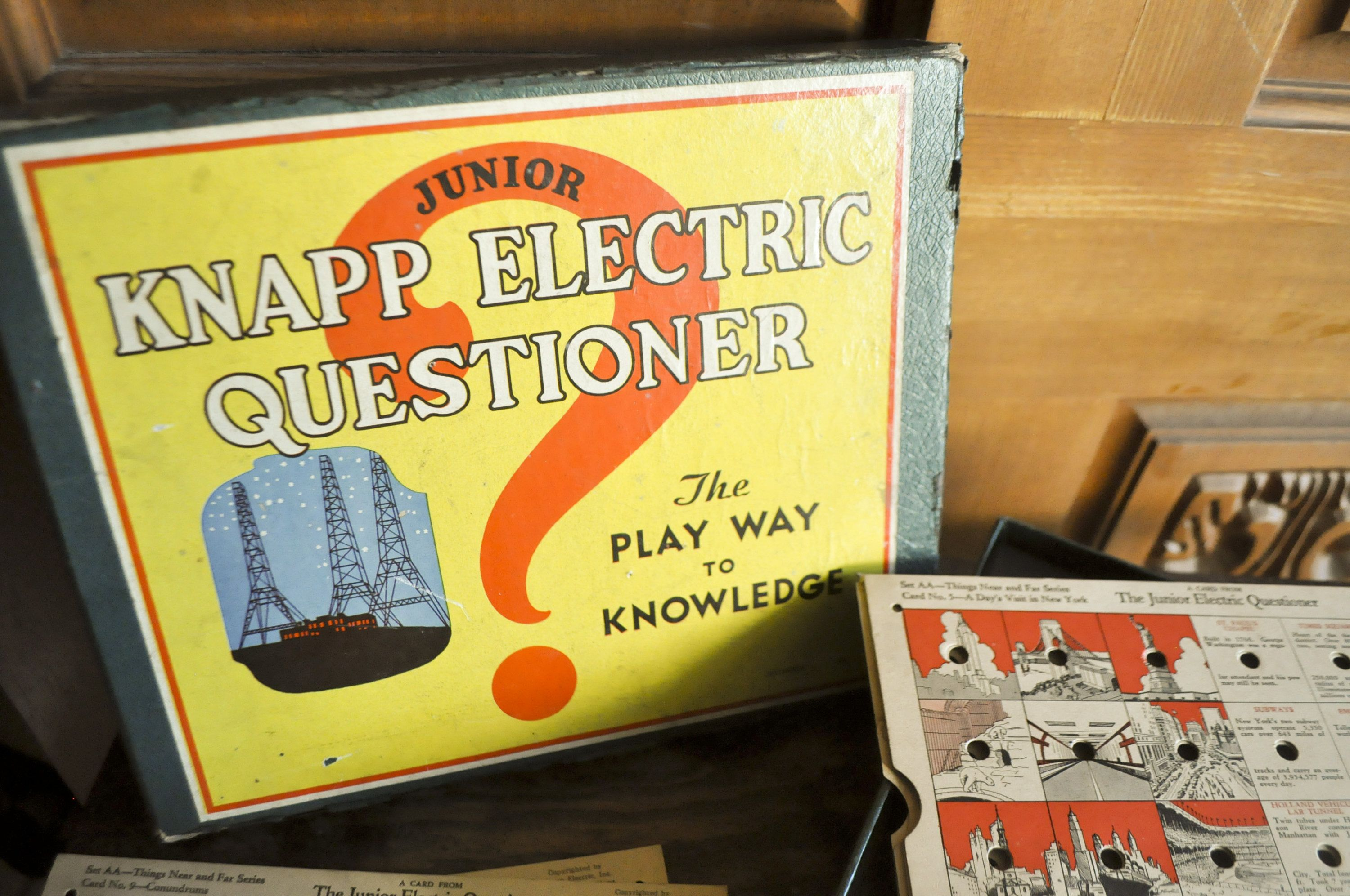 Junior Knapp Electric Questioner No 100 Knapp Electric Inc Old Electric Buzzer Quiz Game By Drowsyswords On Etsy Question Cards Electricity Junior