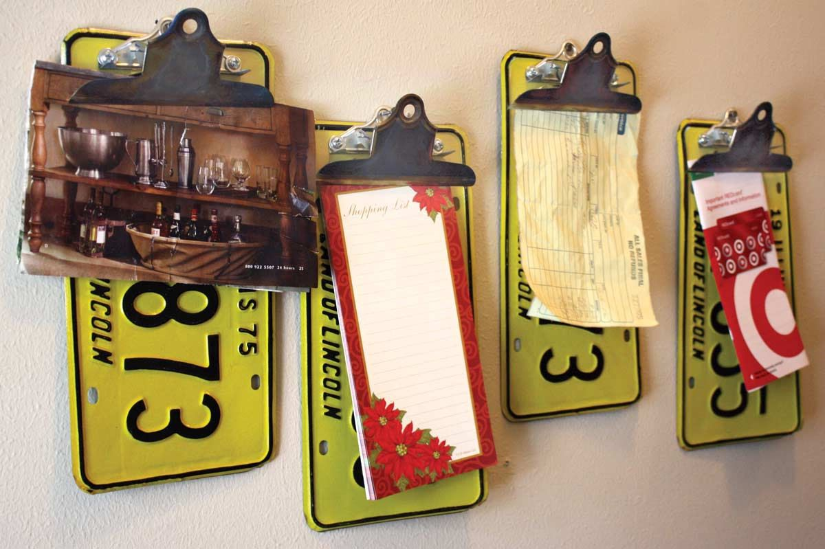 1975 Illinois Yellow License Plate Clipboard Note Holders Wall ...