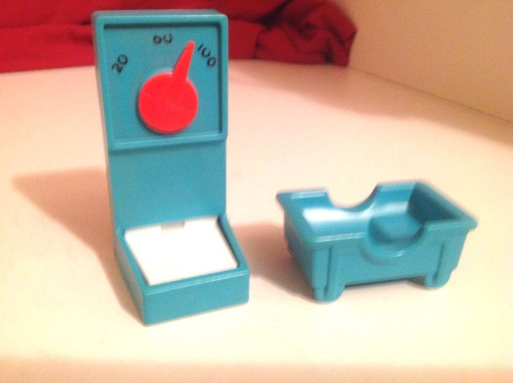 1976 Fisher Price Little People Hospital Scale 931 & Baby Crib Bed ...
