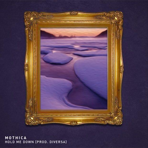 Mothica offre Hold Me Down, en téléchargement. Nuageuses harmonies électro pop aux contours souples produit par Diversa. http://pausemusicale.com/mothica-hold-me-down-prod-diversa-telechargement/
