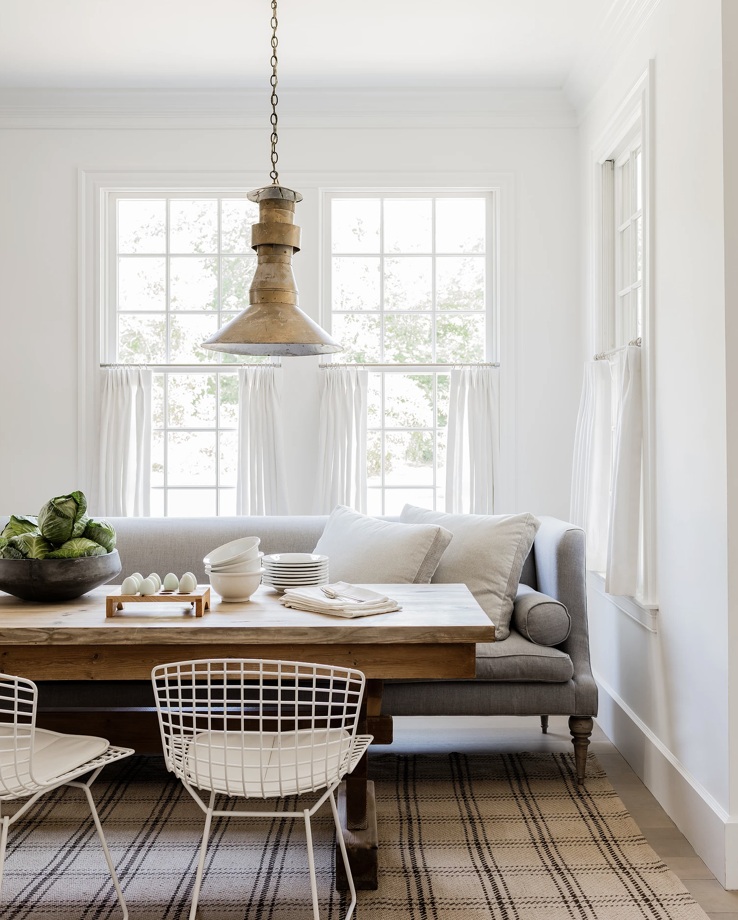 Why Incorporating Vintage Sets Your Design Apart - The Identité Collective