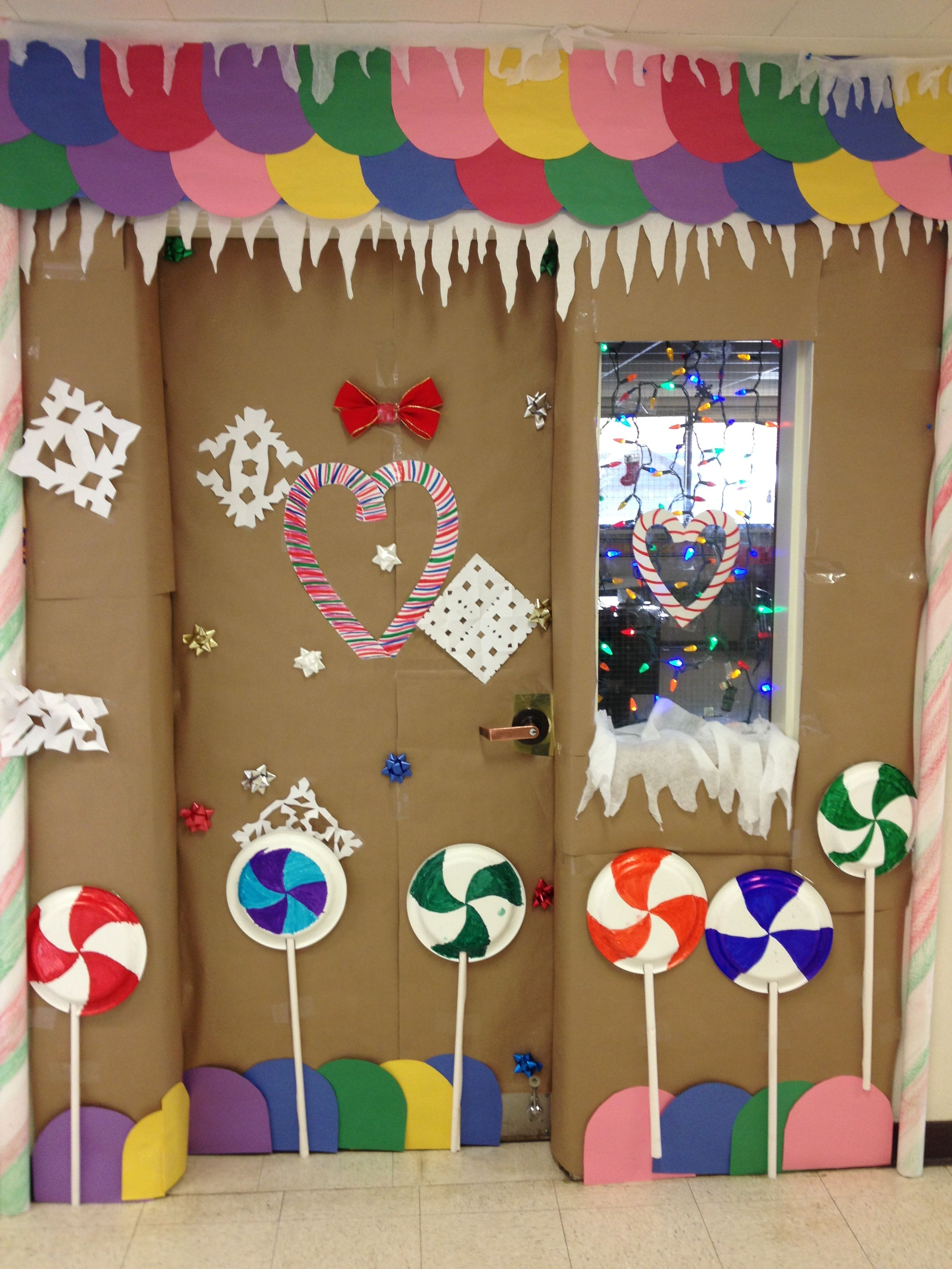 christmas home decorating contest gingerbread house classroom door decorating 2nd place 10586