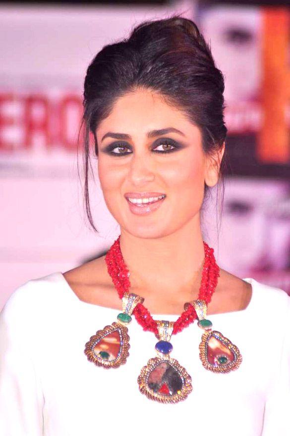 kareena kapoor - Recherche Google   bollywood celebrities   Pinterest