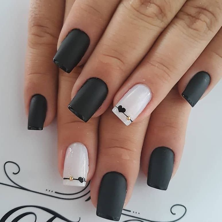4 Trends Of Nails Beauty In 2020 In 2020 Gell Nails Black Nails Black Nail Designs