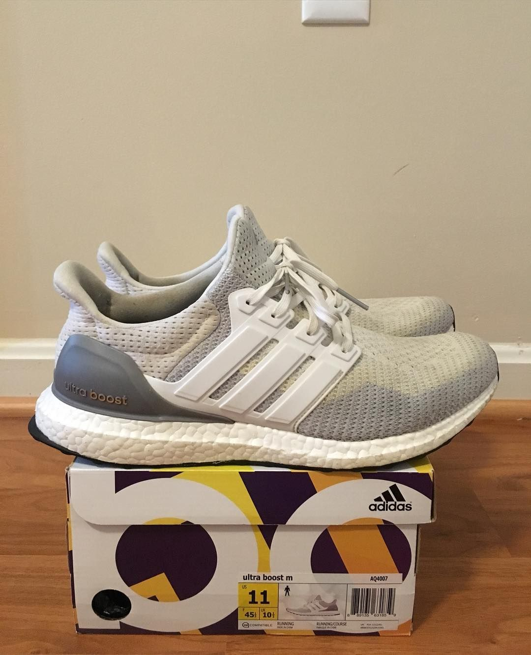 49077096477b0 For sale  Used Ultra Boost! 100% authentic! DM me your offers. Only ...