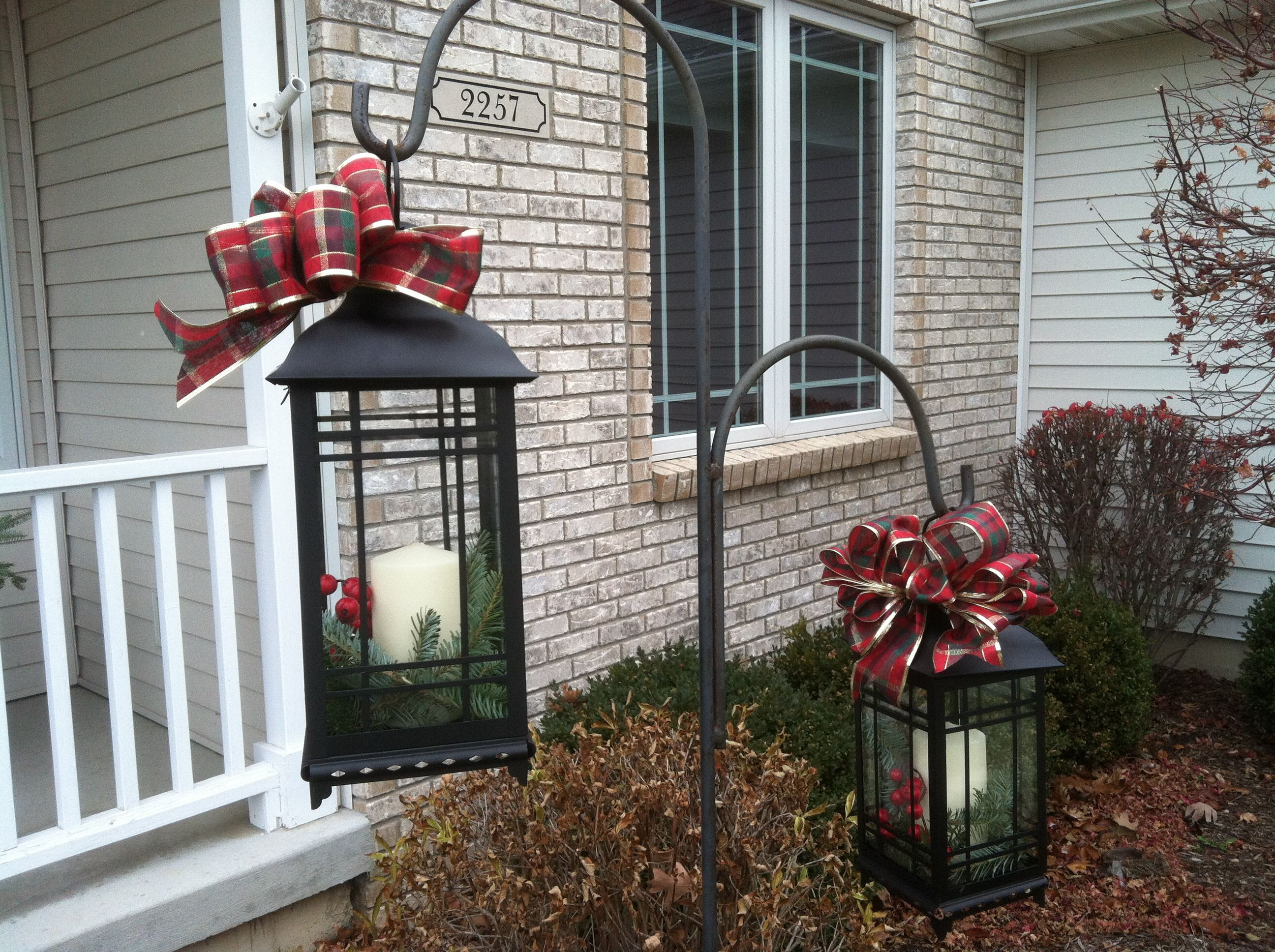 Hang Lanterns From Shepherds Hooks During The Holiday Season Christmas Decorations Diy Outdoor Front Porch Christmas Decor Christmas Lanterns