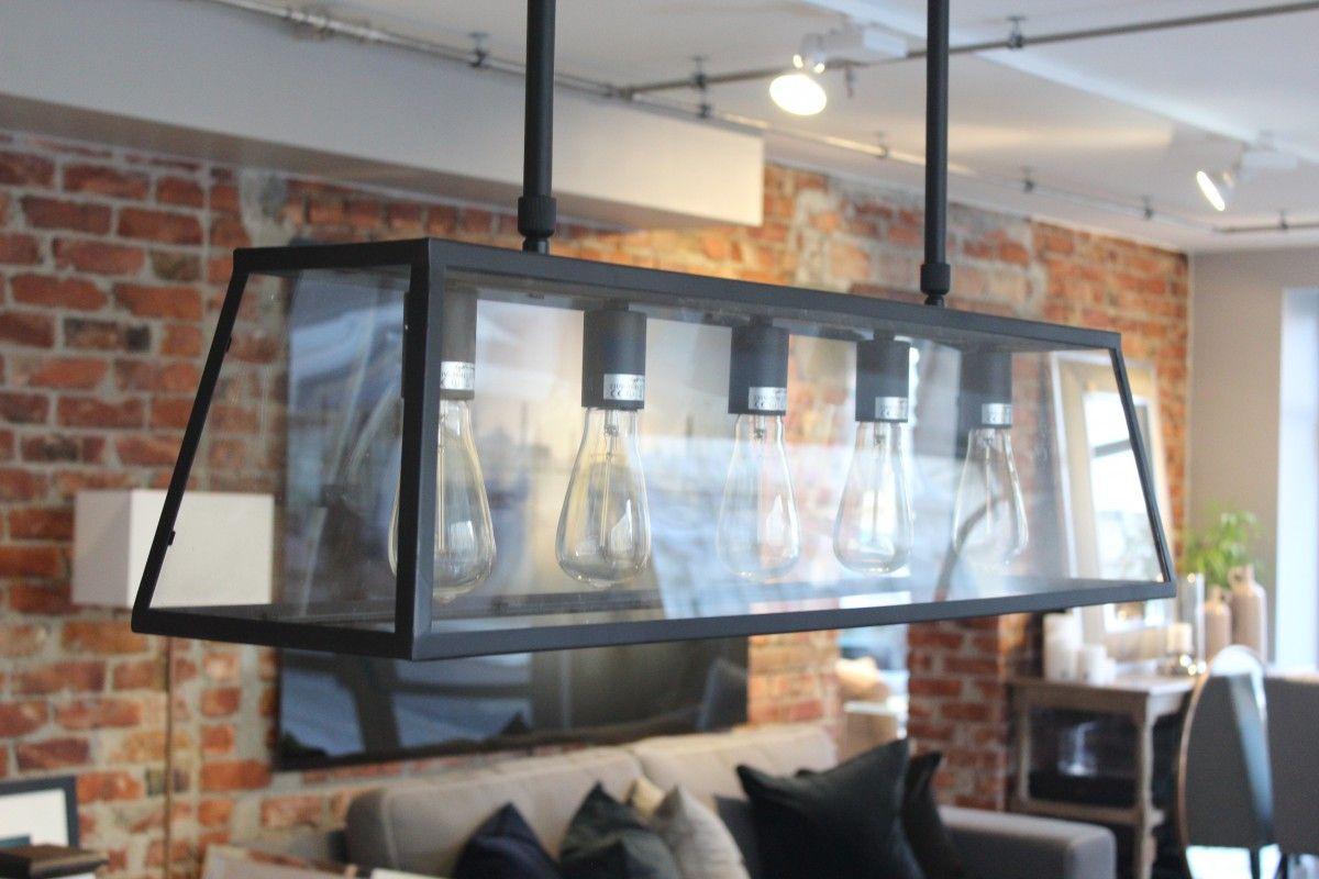 Fantastisk flott taklampe i moderne stil med svart metall ramme og ...