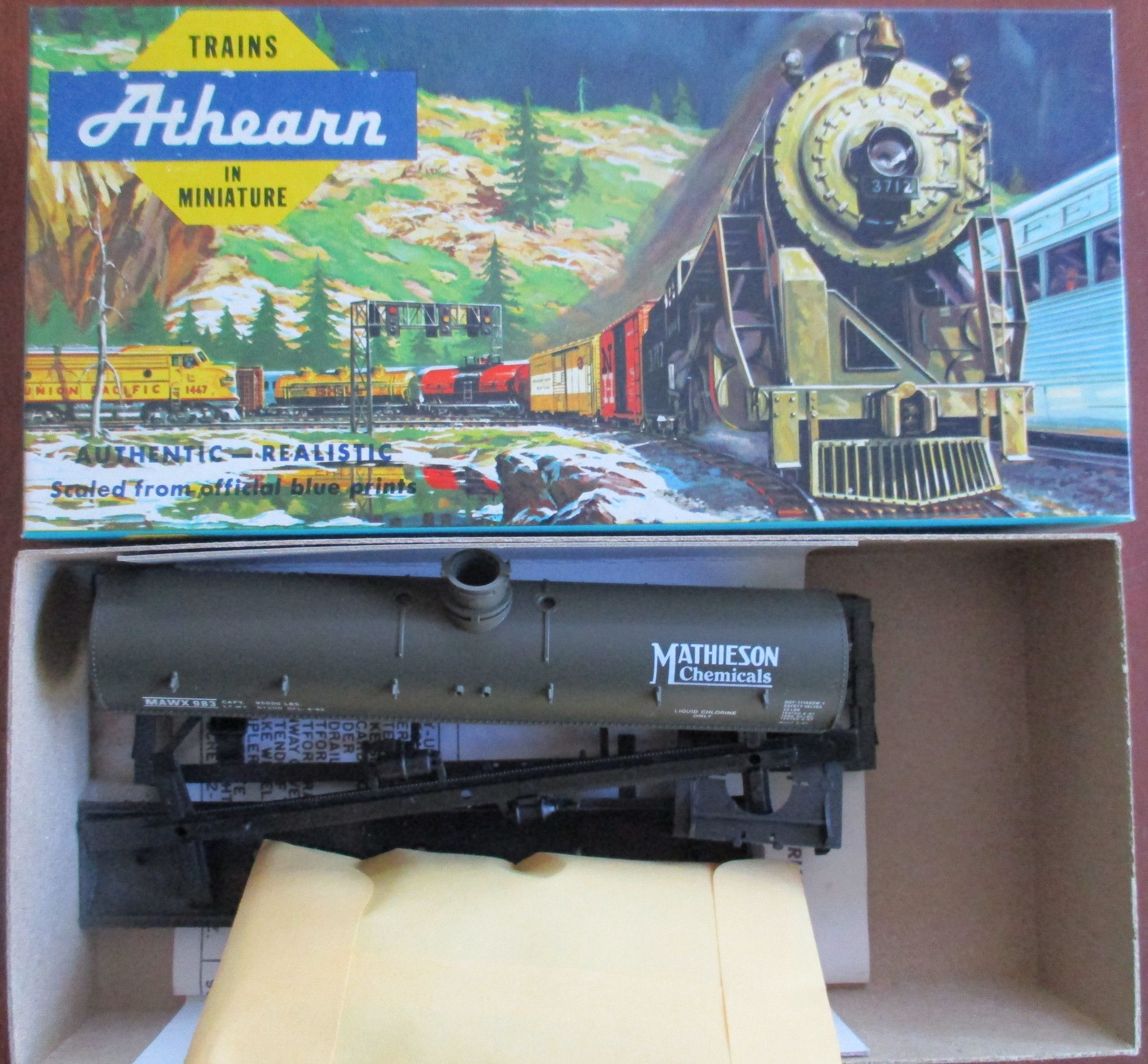 Bev-Bel Athearn HO 42' Chemical Tank Car Mathieson Chemicals