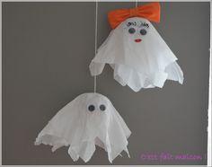 Diy petits fantômes d'halloween avec du papier crépon                                                                                                                                                      Plus