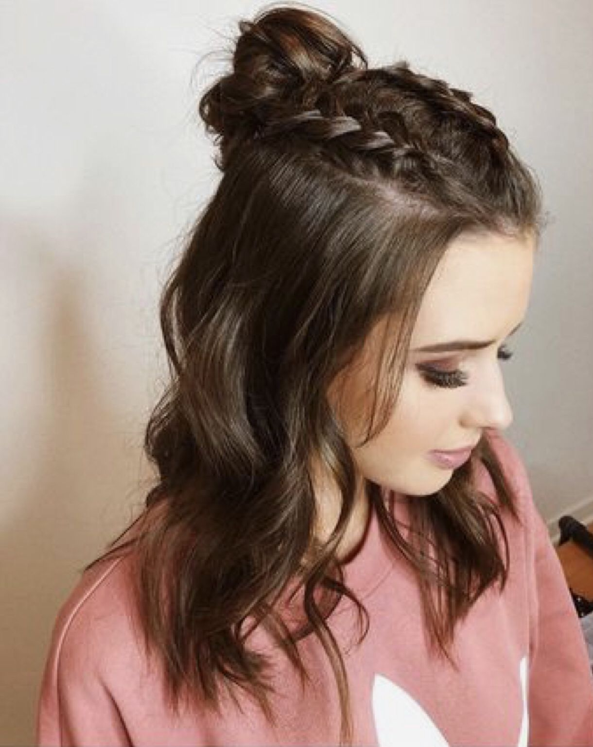 Pin by L.R🌸 on Hair✨  Braided hairstyles easy, Meduim length