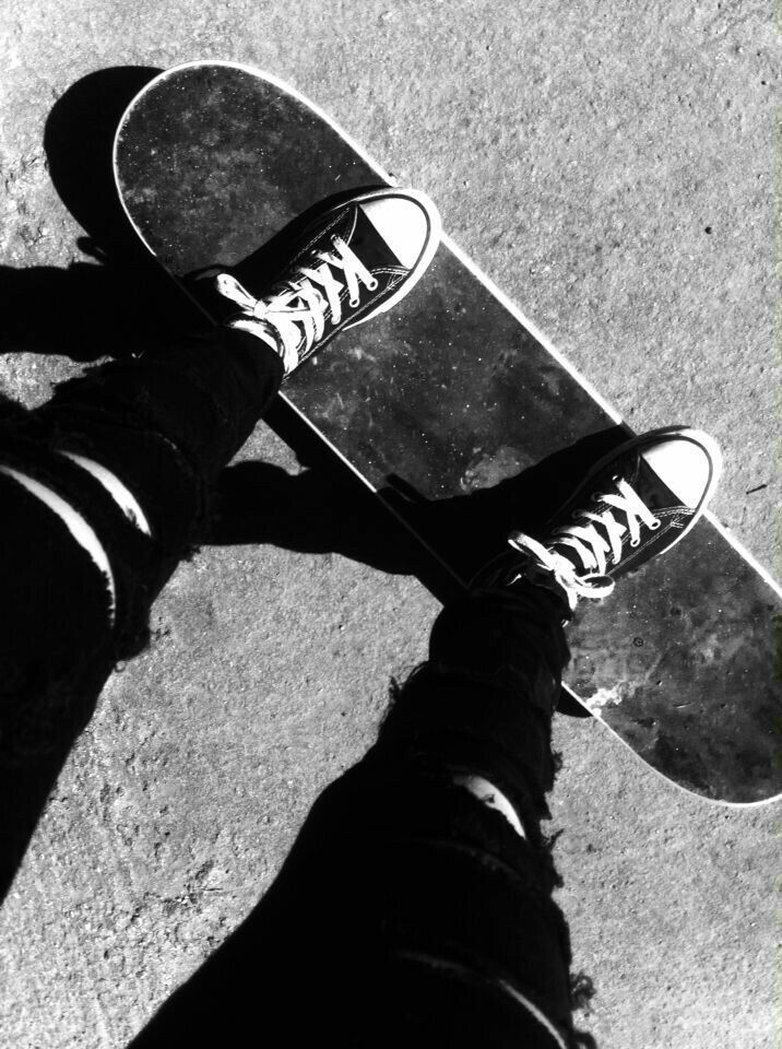 Pin by ベビー on monochrome in 2020 Skateboard photography