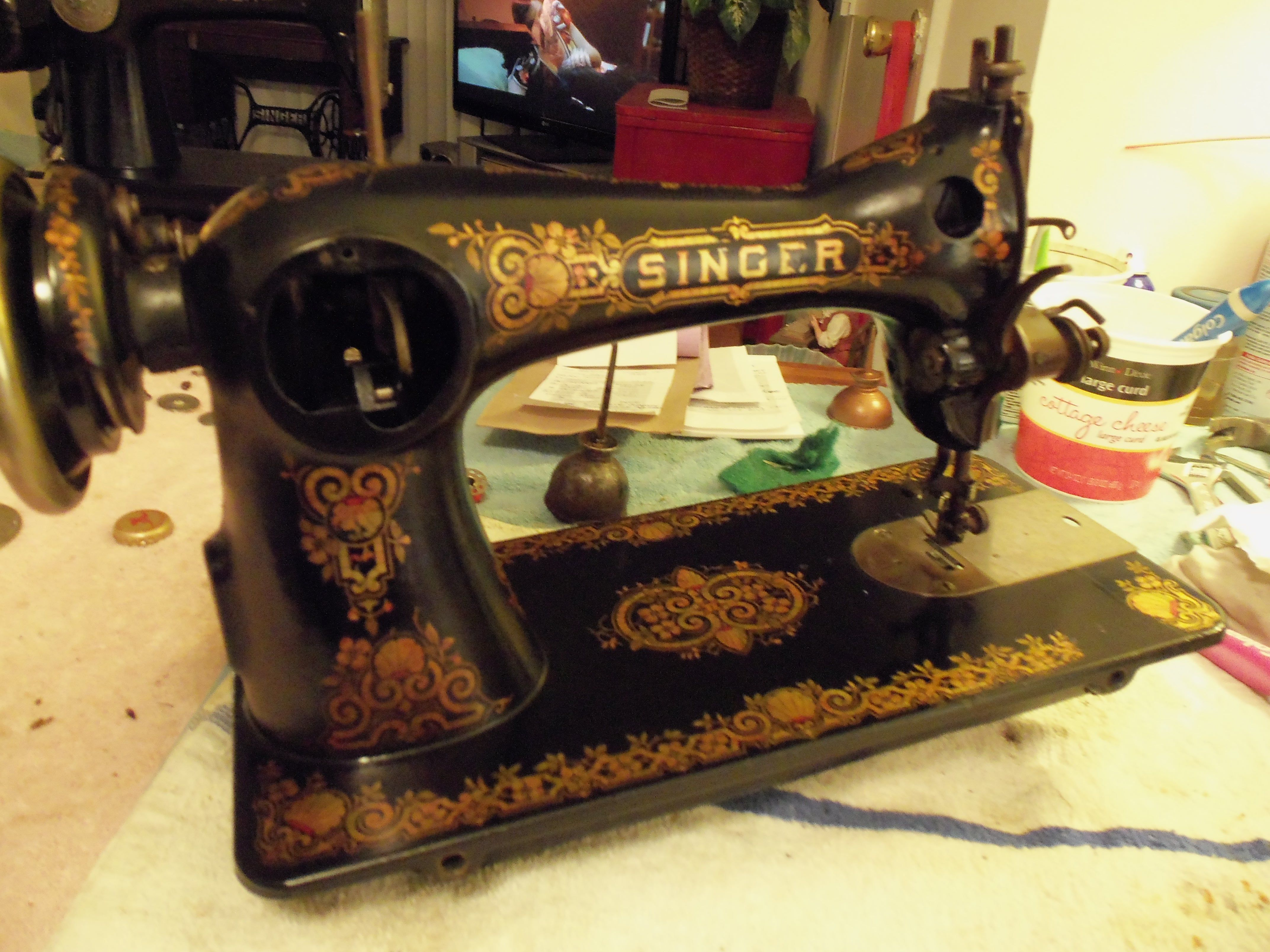 1909 Sewing Singer Treadle Machine