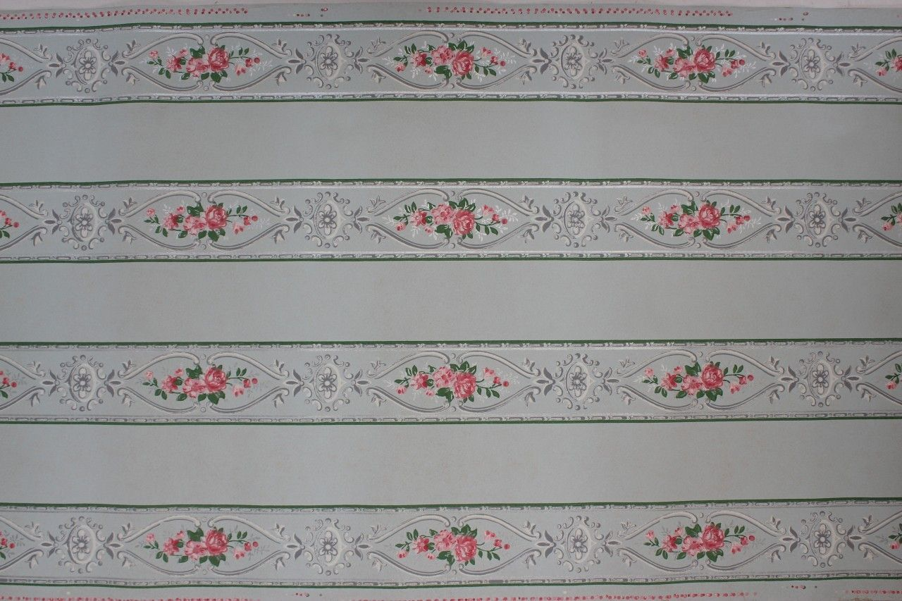 Rosie's Vintage Wallpaper Pink Roses on Light Blue
