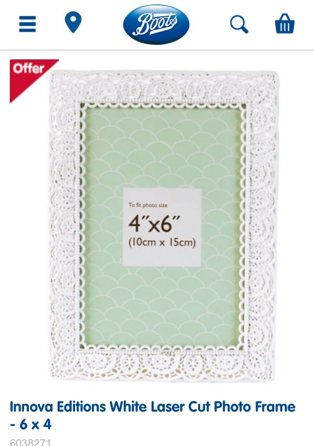 White frame for wall boots