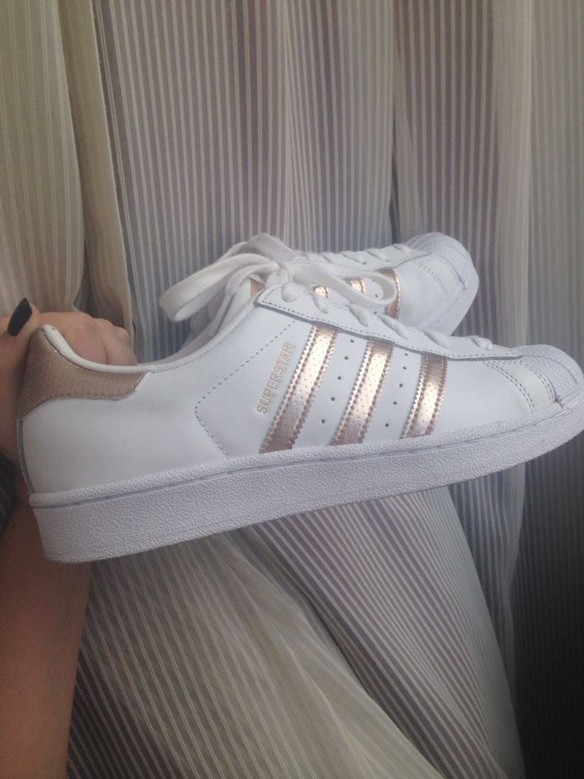Rosegold Adidas all stars. ADIDAS Women's Shoes amzn.to