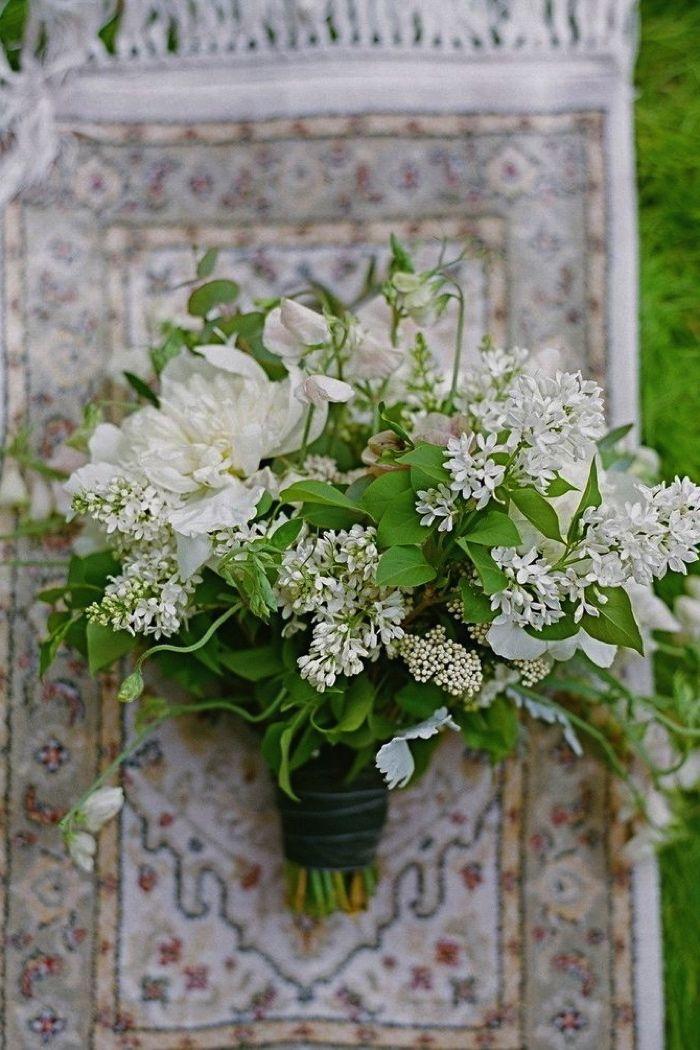 10 Bohemian Bridal Bouquets