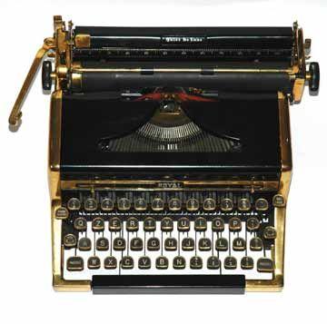 Real Quiet oro De Luxe. 1947.Royal Typewriter Company, Nueva York, EE.UU.La máquina chapado en oro fue producido en una edición limitada y se vende a un precio considerable. Al parecer, uno de ellos era propiedad de autor Ian Fleming.
