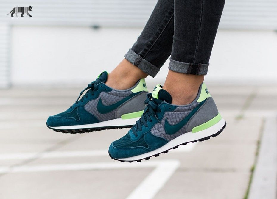 nike wmns internationalist mid teal teal cool grey. Black Bedroom Furniture Sets. Home Design Ideas