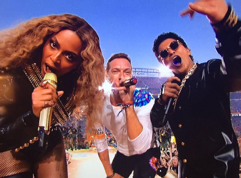 Beyonce Legion On Twitter In 2021 Bruno Mars Hymn For The Weekend Coldplay