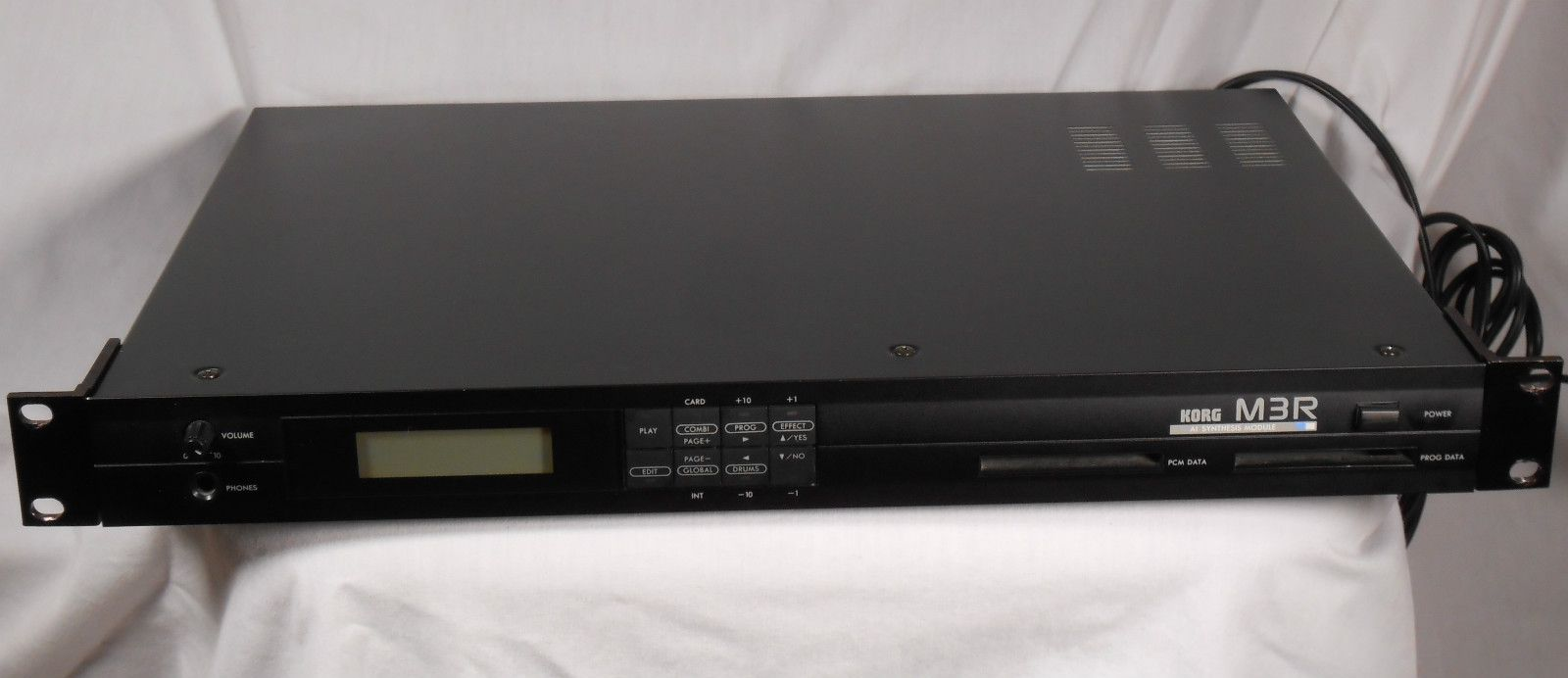 Korg M3R Synth Rack Sound Module Nearly Mint Condition