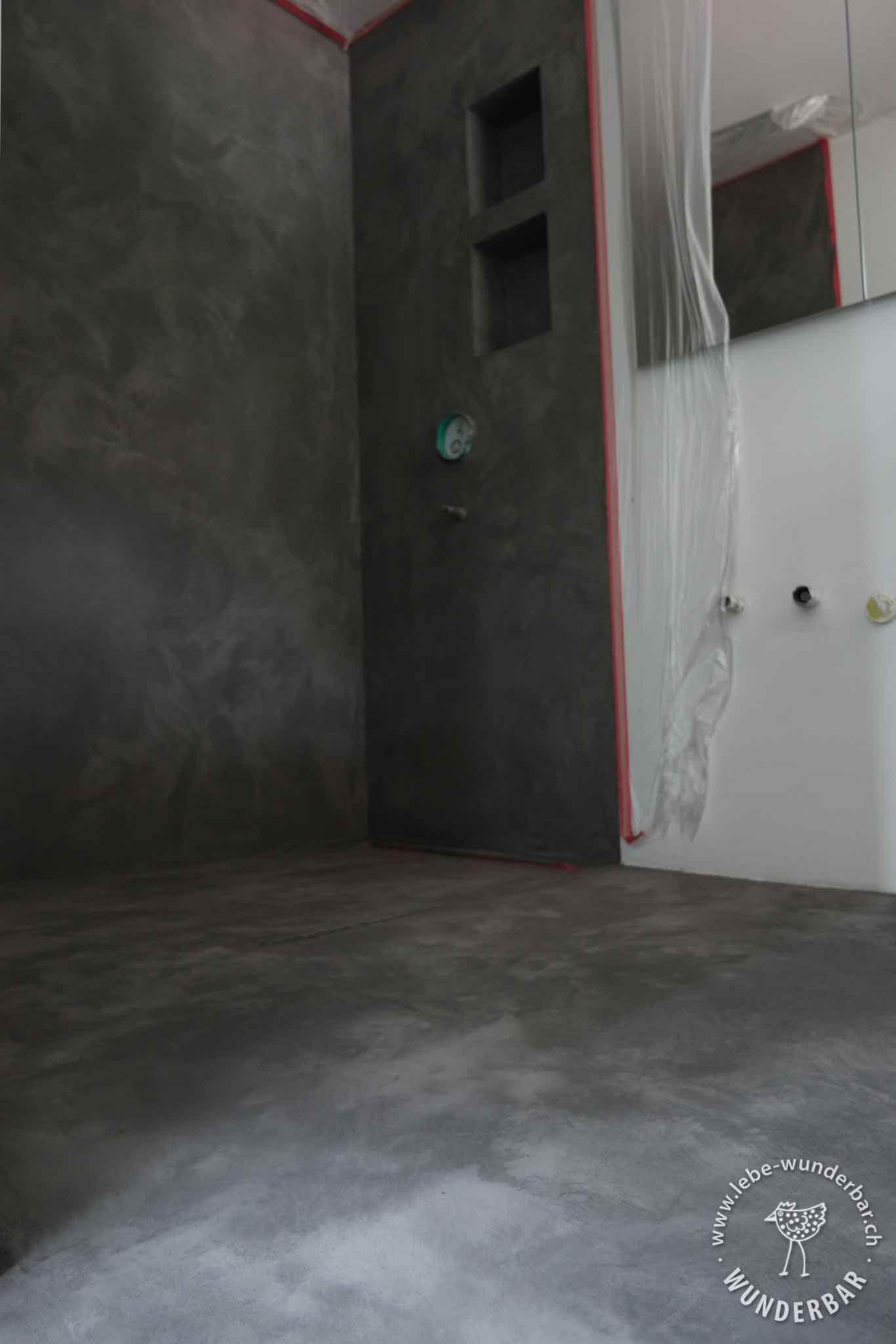 making of almost done begehbare dusche mit mineralischer beschichtung bad lebewunderbar. Black Bedroom Furniture Sets. Home Design Ideas
