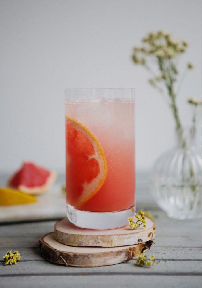 Grapefruit & honey sparkling lemonade - Trois fois par jour