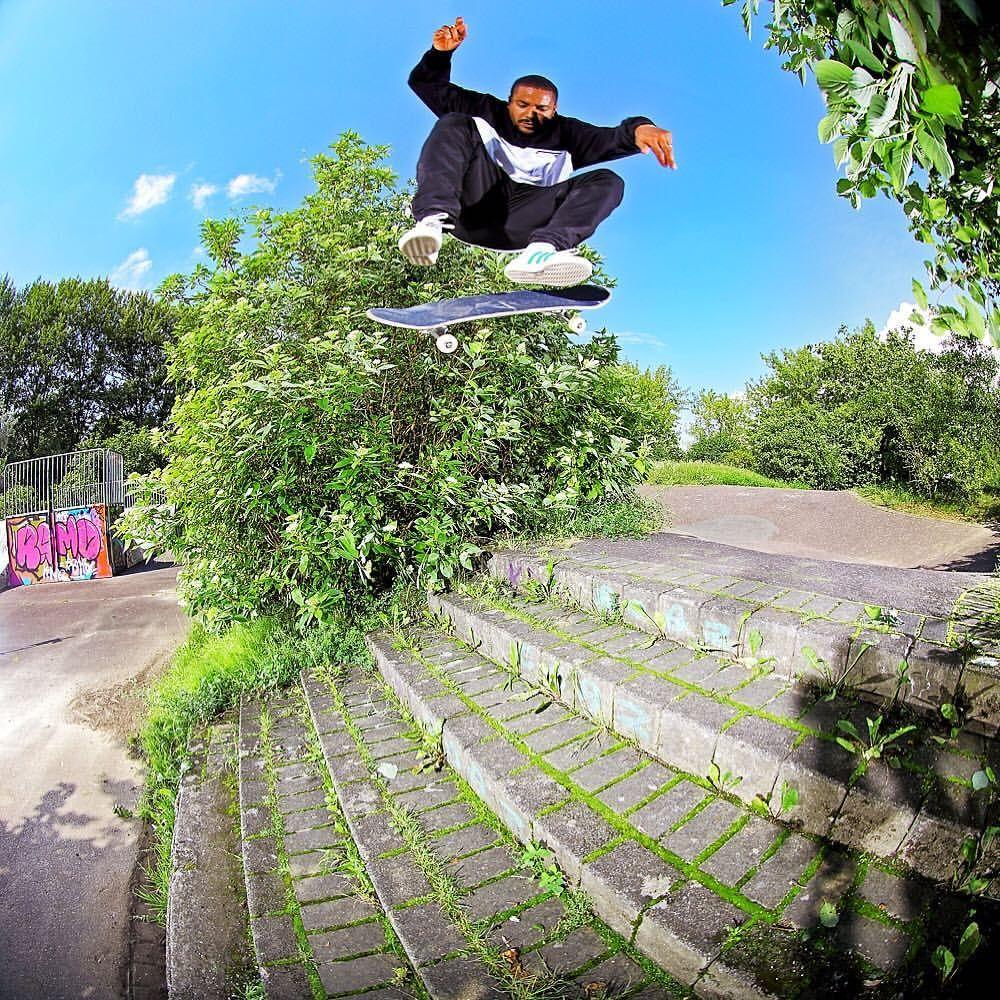 Benny Fairfax Fairtax Sur Instagram Thrashermag Waywardwheels Gentschybaby Skateboard Pictures Skateboard Skate Surf