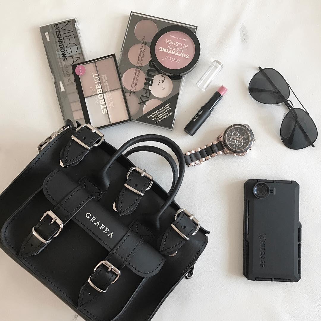 Luna Black Borsa in Vera Pelle! Made in England by @grafea www.grafea.com #moda #derisırtçanta #blog #tarz #seyahat #sonbahar #güzellik