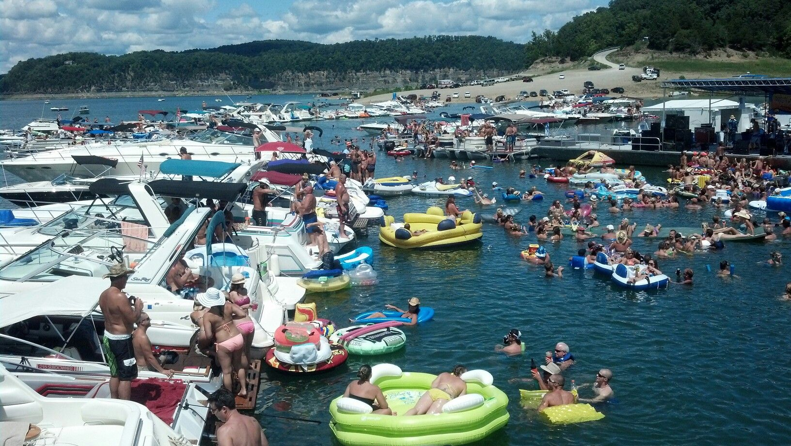 Lake Cumberland Raft up My Style Pinterest Lakes and Vacation