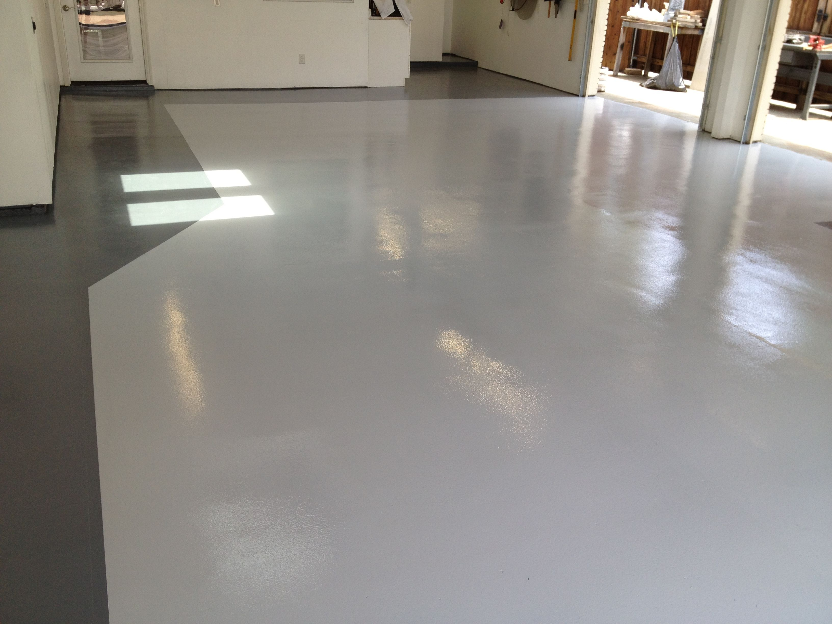 2tone gray color floor. Base is a gray colored epoxy