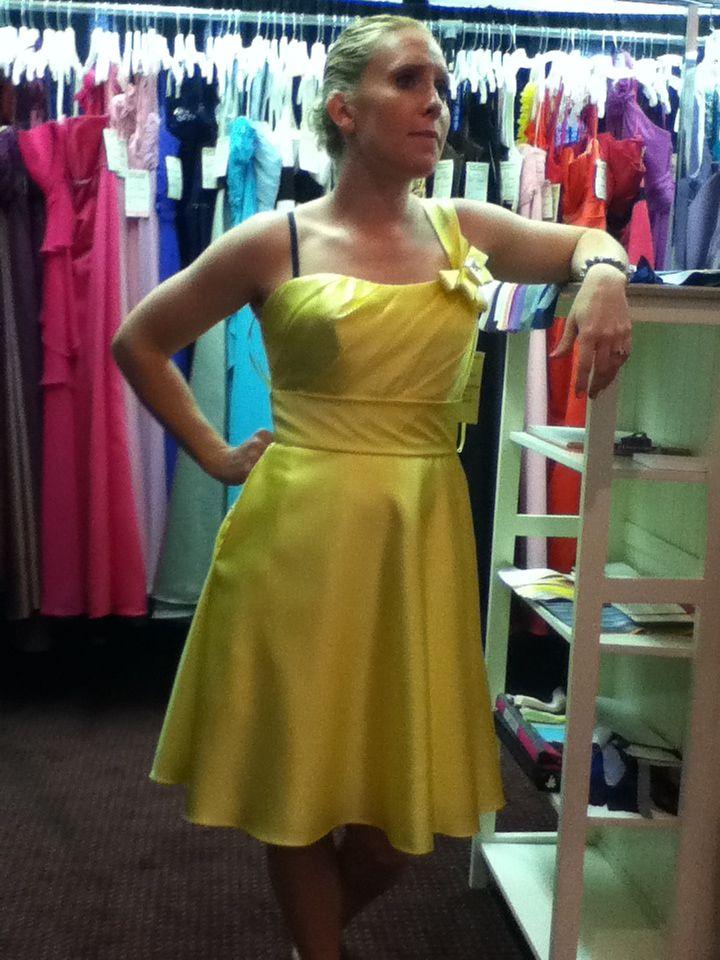 Pretty Yellow bridesmaid dress!!! :)