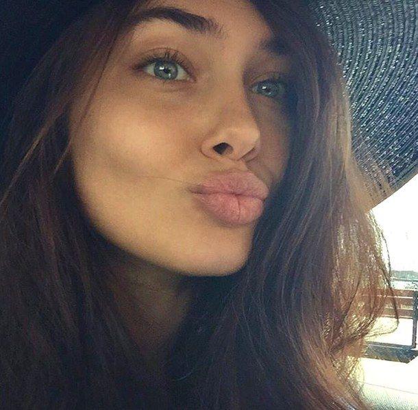 Vika Bronova Ukrainian Model 20 Brown Hair Green Eyes Brown Hair Blue Eyes Brown Hair Green Eyes Girl