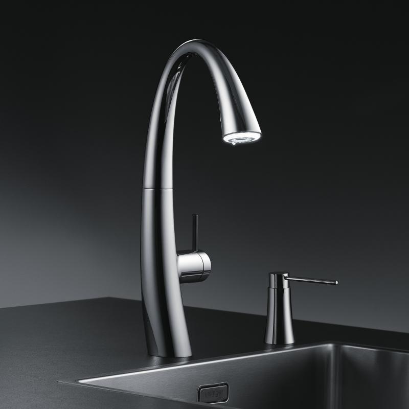 KWC Zoe Küchenarmatur mit LUMINAQUA® LED-Technologie chrom | new ...