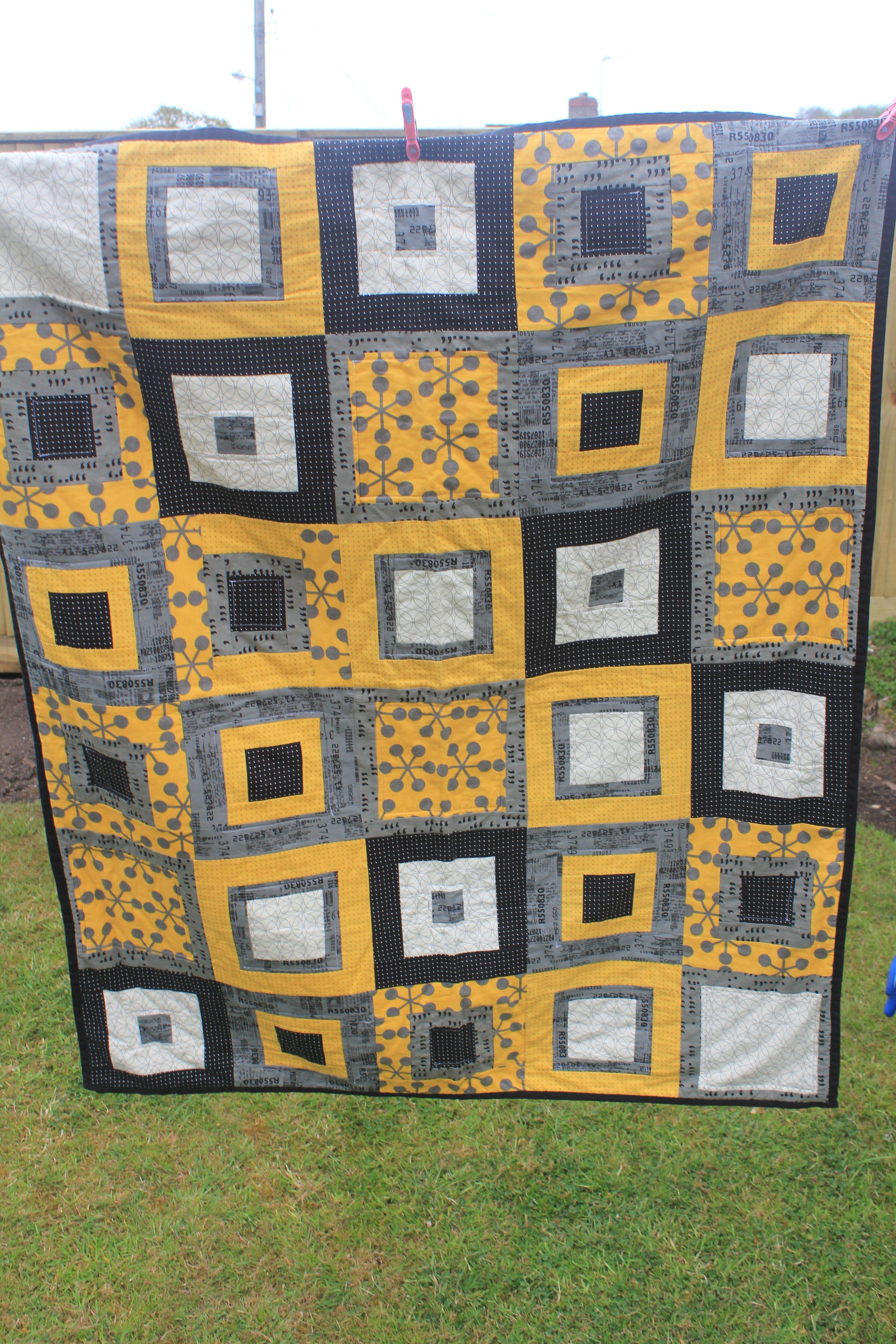 Yellow and grey quilt - see http://alittlesewandsow.blogspot.co.uk ... : uk quilting blogs - Adamdwight.com