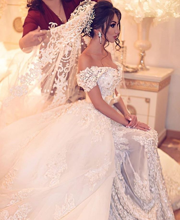 TIMELESS BEAUTY #bride #wedding @dreamwedding4udresses | Wedding ...