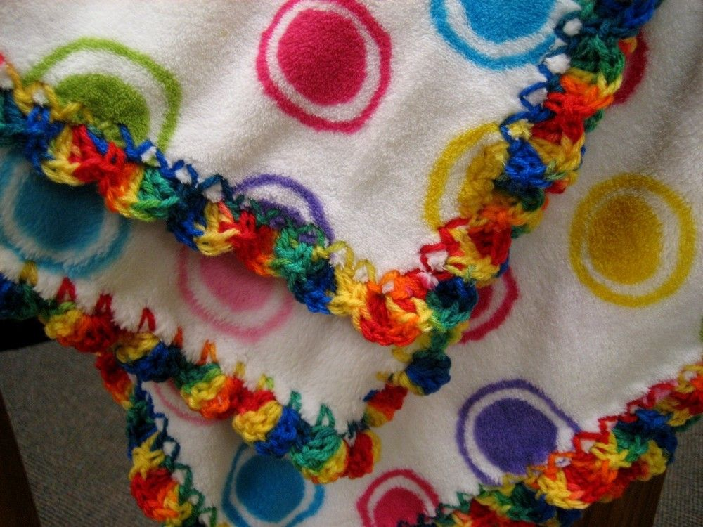crochet edges for baby blankets | Striped Lace Crochet Baby Blanket — Free Crochet Pattern for a