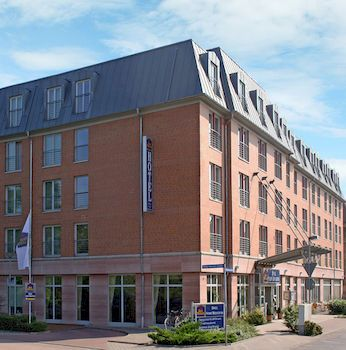 Find Hotel At Halle Saale Unstrut Region Germany From Https