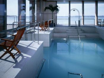 Le rilassanti e raffinate piscine termali interne di - Piscine termali verona ...