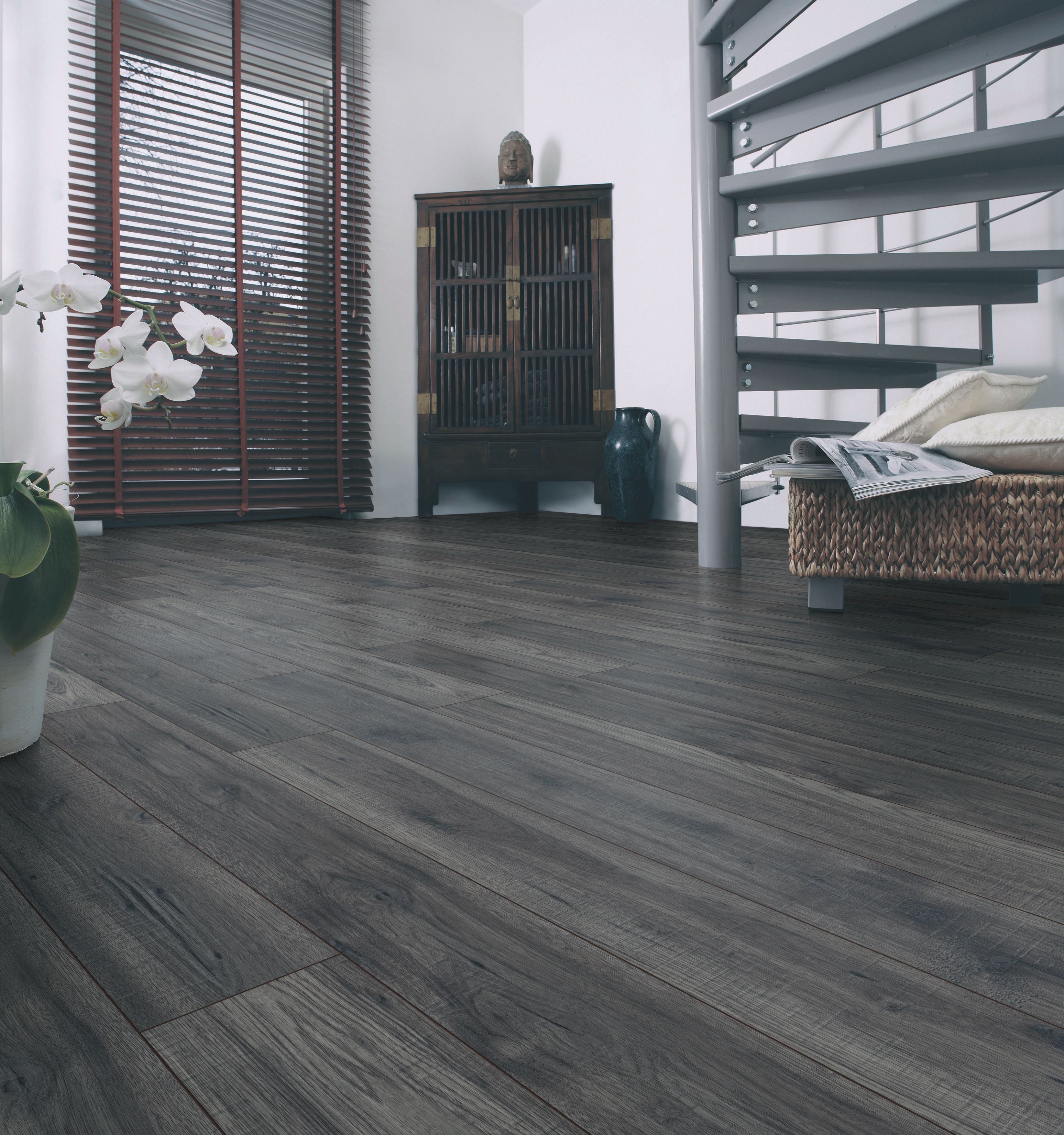 Ostend Berkeley Effect Antique Finish Laminate Flooring 176 M2 Pack