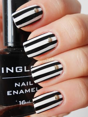 Marce7ina S Nai7 Art Striped Nails Black White Nails Black And White Nail Art