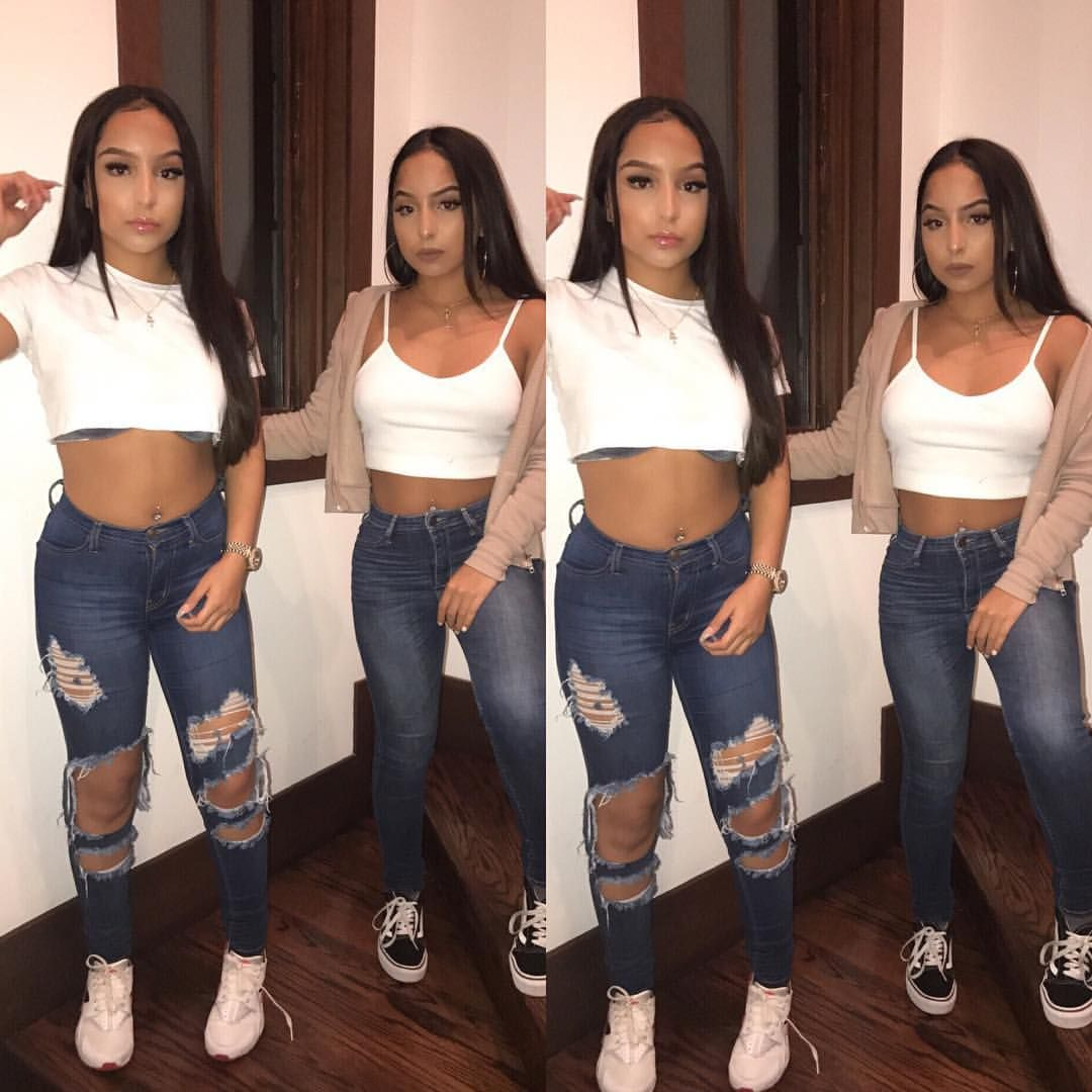 Pin by Lex🌸 on LOOKS in 2019 | Siangie twins, Twin outfits ...