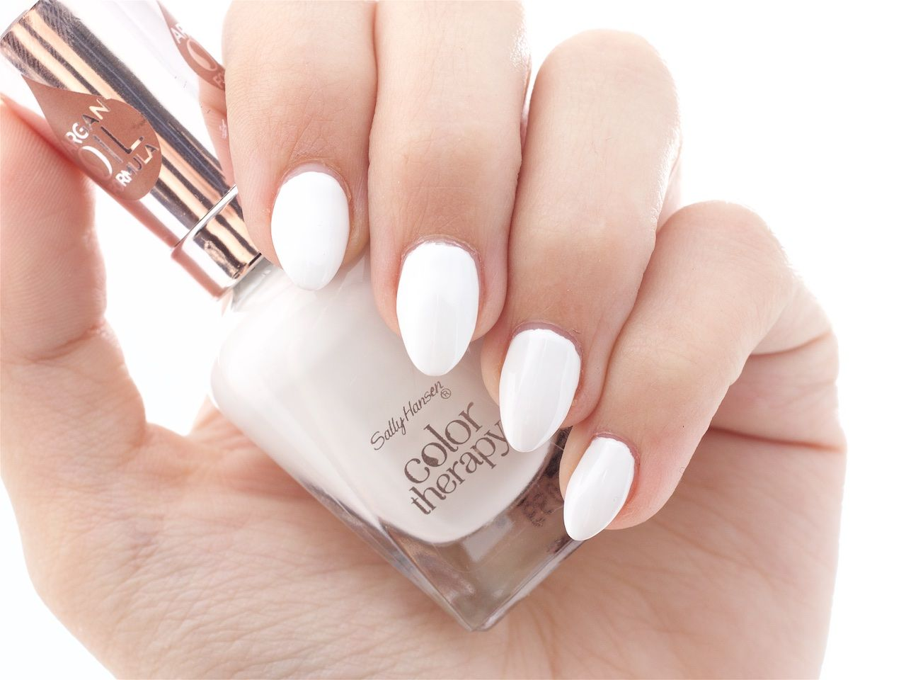 Colour therapy for beauty - Sally Hansen Color Therapy In Well Well Well