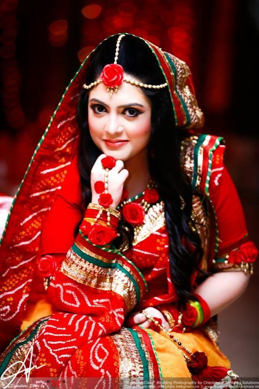 Mehndi Flower Hair : Checkmate holud jewellery pinterest