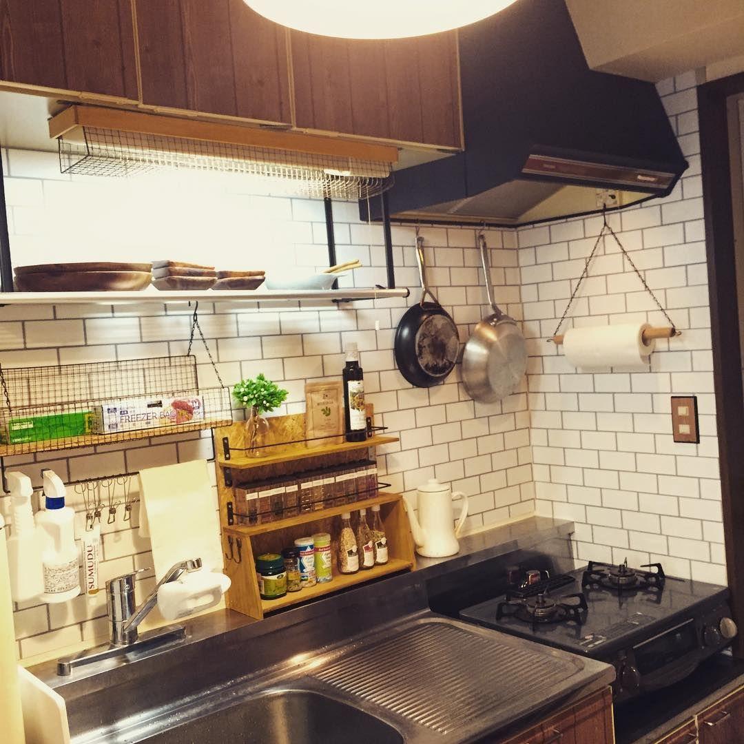 100均の便利アイテムを使ってキッチンをオシャレに収納しよう キッチン Diy 狭いキッチン 収納 小さなキッチン