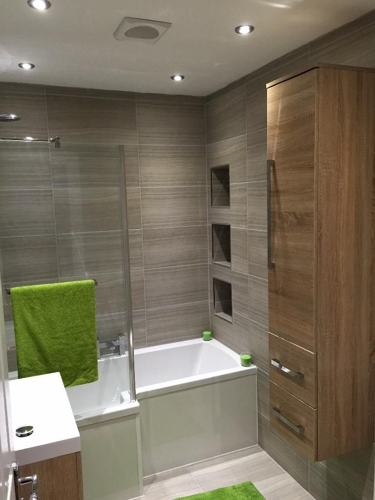 Colin From Newcastle Upon Tyne Uses A Mix Of Wooden Finishes And Furnishings To Achieve A Modern Design In Bathroom Design Small Small Bathroom Bathroom Design