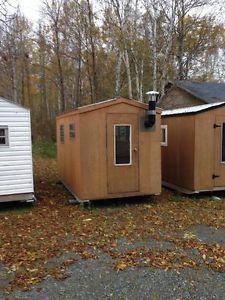 cabane a peche construction petite cababe peche pinterest ice fishing. Black Bedroom Furniture Sets. Home Design Ideas
