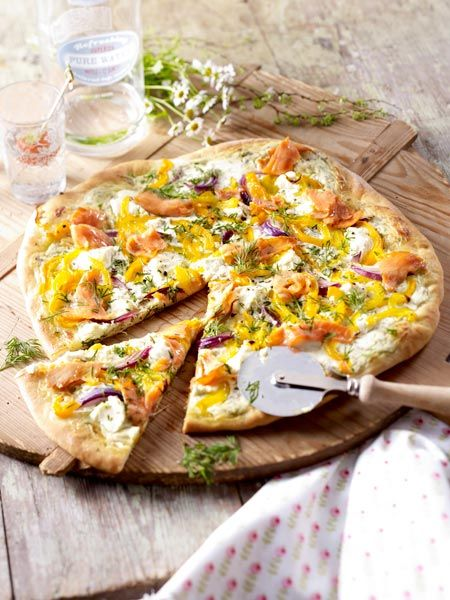 lachs pizza recipe pizza and und. Black Bedroom Furniture Sets. Home Design Ideas