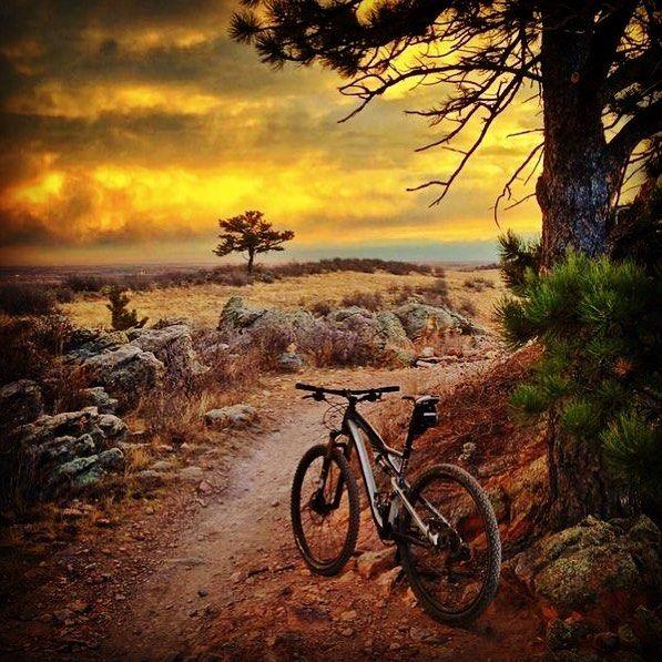 Yagmura Hazirlandigimiz Bir Sabahtan Gunaydinlar Bisiklet Yagmur Manzara Gorsel Cuma Bisikletturu Bisikletliulasim Bisi Dag Bisikleti Manzara Bisiklet