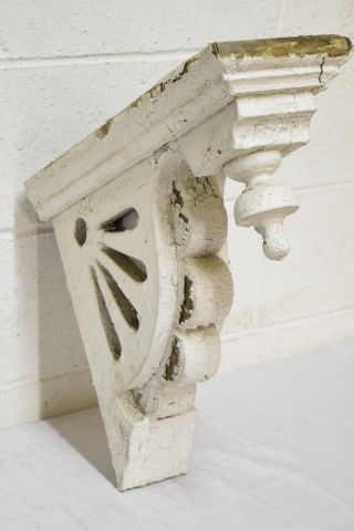Salvaged wood corbel bracket columbus architectural for Architectural corbels and brackets